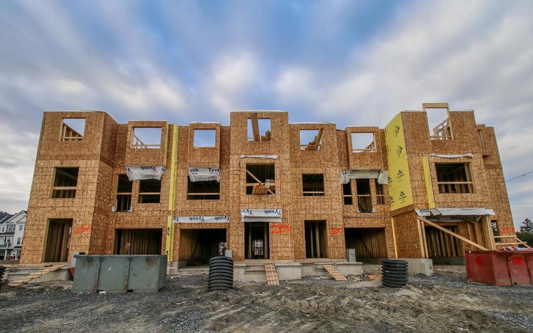 Returning expats to boost new home building in Canada
