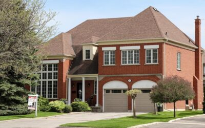 Detached home prices just rose over 20% in 10 Toronto suburbs